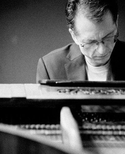 gavin greenaway portrait at piano