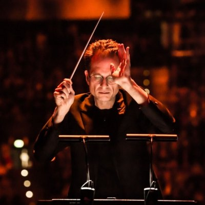 Gavin Greenaway Conducting by Dita Vollmond